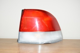 JDM 1996-2000 HONDA CIVIC HONDA DOMANI REAR RIGHT SIDE TAIL LIGHT